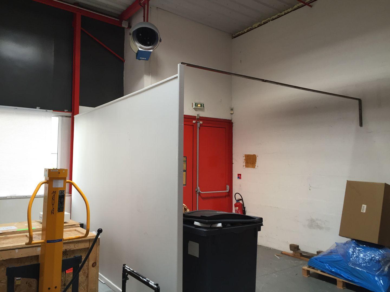 locaux mixtes de 858m², Villebon-sur-Yvette (Essonne)
