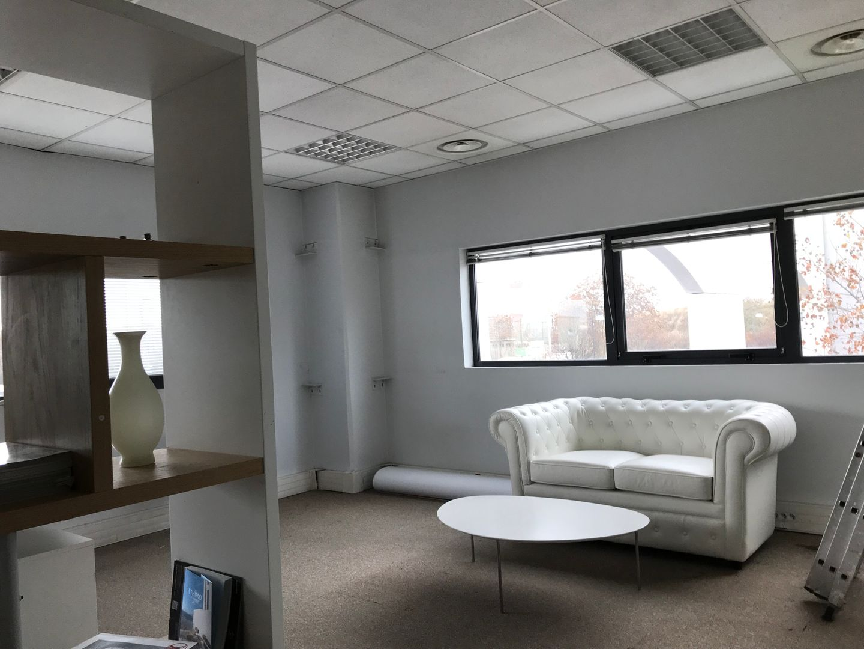 bureau de 403m², Ivry-sur-Seine (Val-de-Marne)