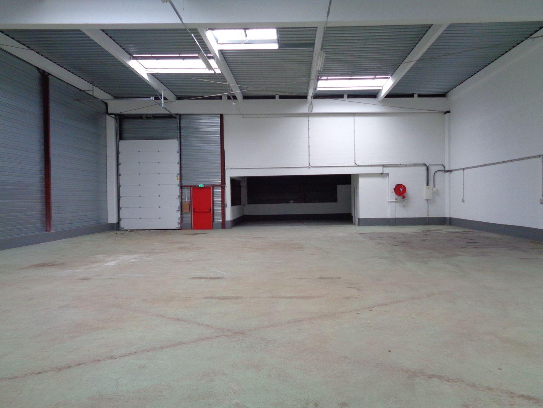 Local d'activités de 445 m², Villepinte (93420)