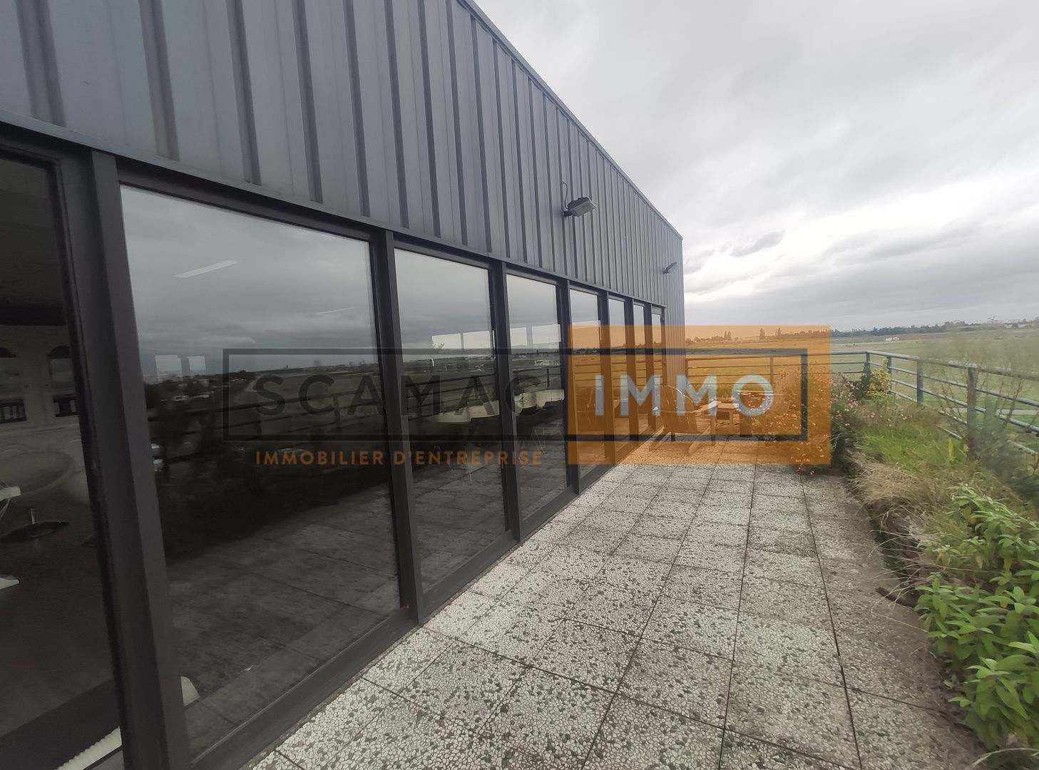 entrepôt de 1646m², Chilly-Mazarin (Essonne)