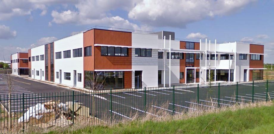 Bureau de 143 m², Lieusaint (77127)
