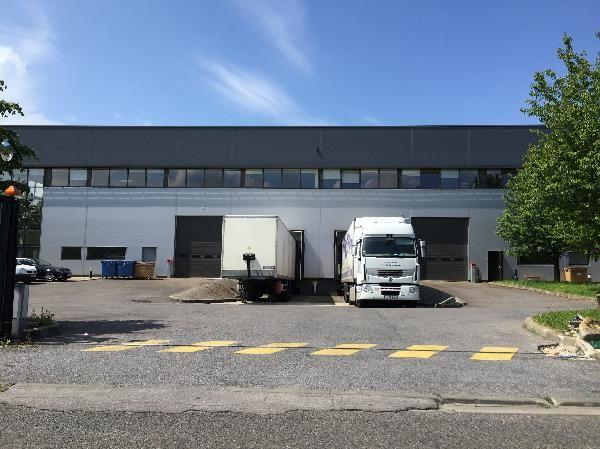 entrepôt de 1548m², Lisses (Essonne)