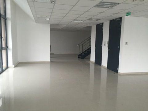 Bureau de 130 m², Argenteuil (95100)