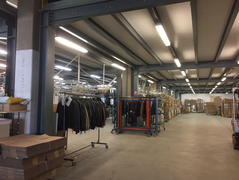 Local d'activités de 2 100 m², Clichy (92110)