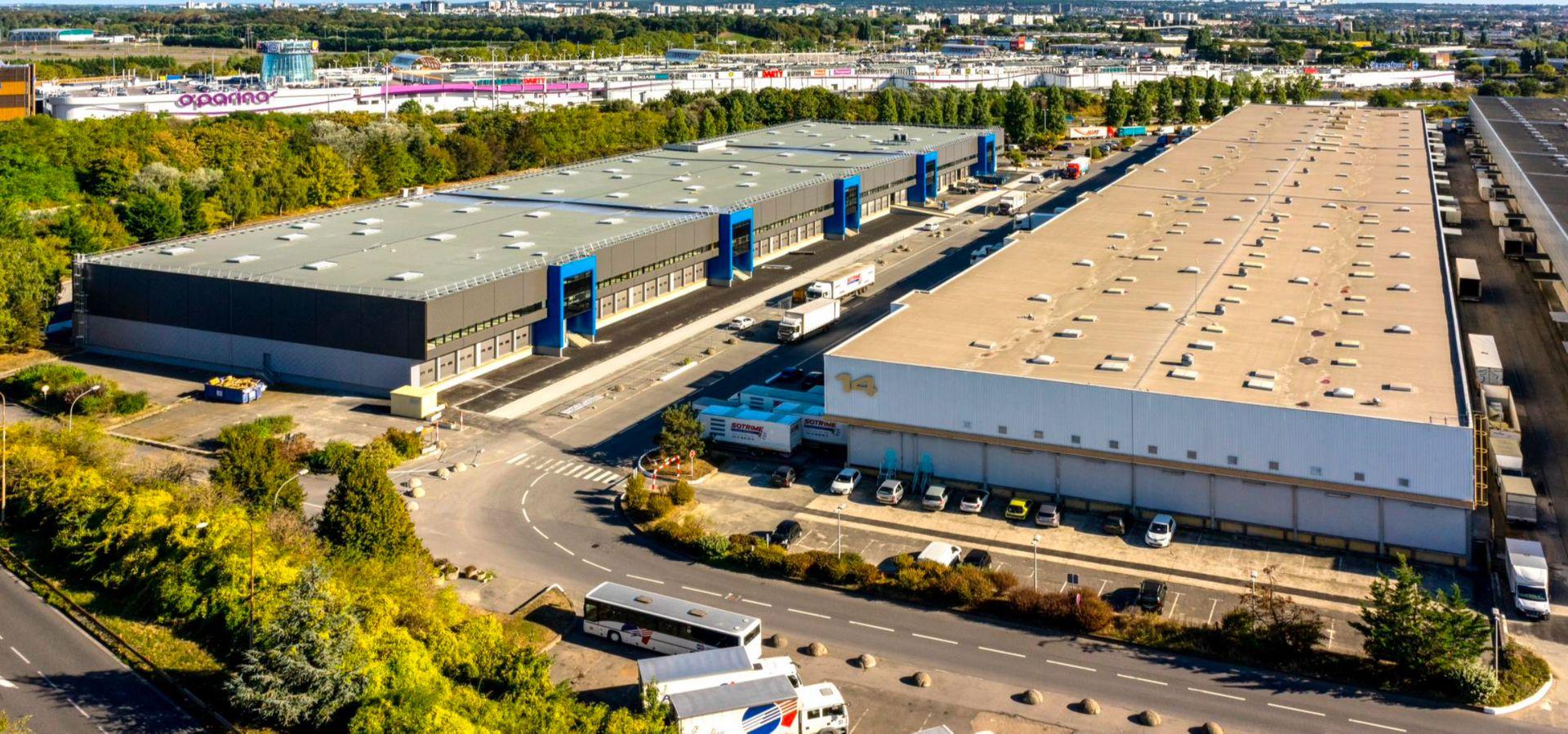 entrepôt de 2320m², Aulnay-sous-Bois (Seine-Saint-Denis)
