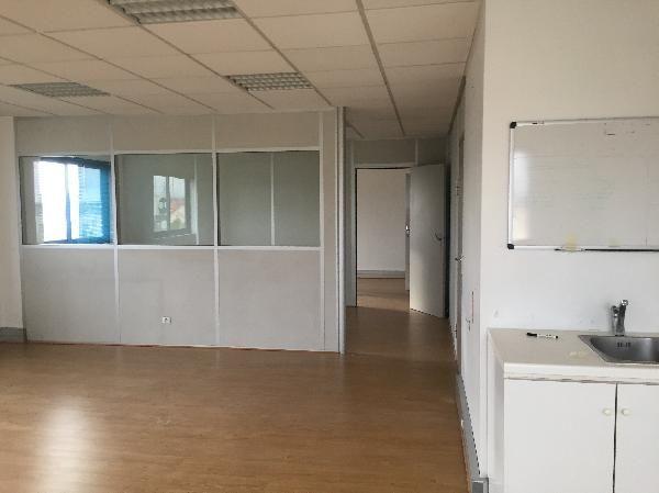 Bureau de 34 m², Lisses (91090)