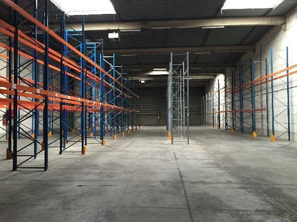 Entrepôt de 1 379 m², Chennevières-sur-Marne (94430)