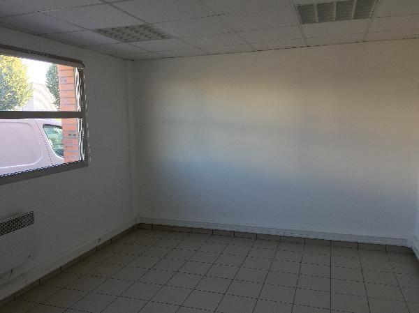 Local d'activités de 487 m², Chambly (60230)