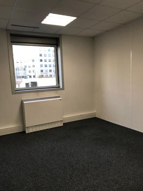 bureau de 38m², Noisy-le-Grand (Seine-Saint-Denis)