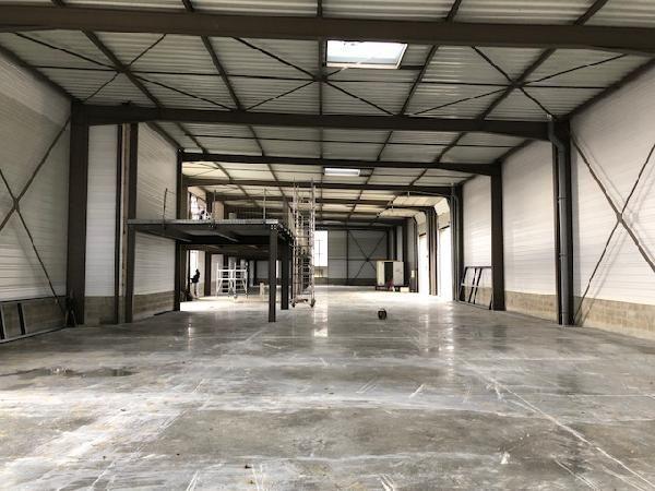 Local d'activités de 312 m², Chanteloup-en-Brie (77600)