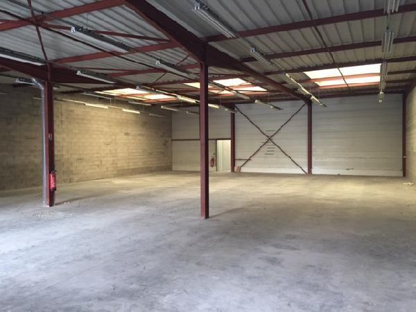Entrepôt de 562 m², Bondoufle (91070)