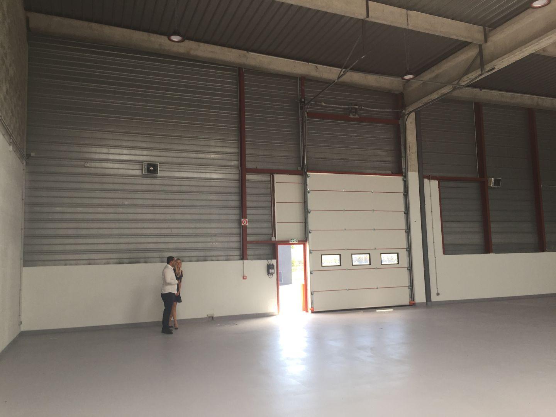 local d'activités de 700m², Tigery (Essonne)