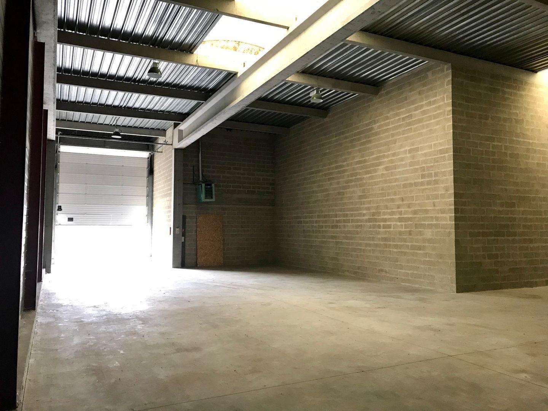 Local d'activités de 405 m², Mareuil-lès-Meaux (77100)