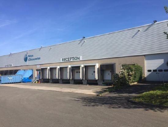 local d'activités de 1460m², Coignières (Yvelines)
