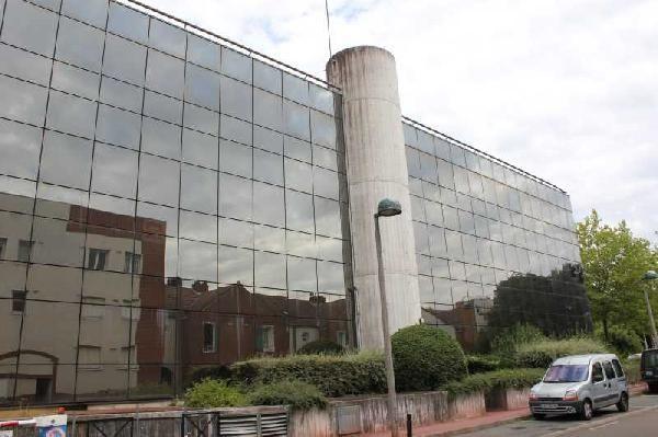 Bureau de 1 253 m², Guyancourt (78280)