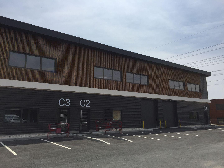 local d'activités de 305m², Cormeilles-en-Parisis (Val-d'Oise)