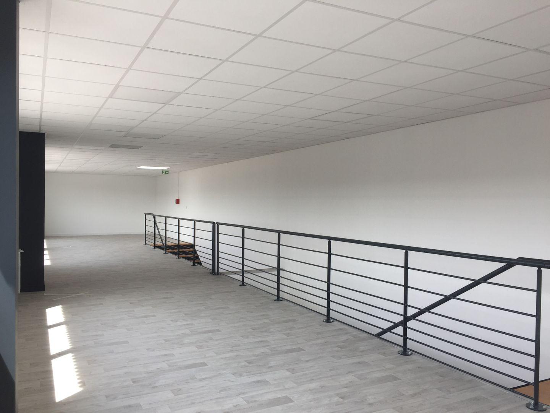 local d'activités de 236m², Cormeilles-en-Parisis (Val-d'Oise)