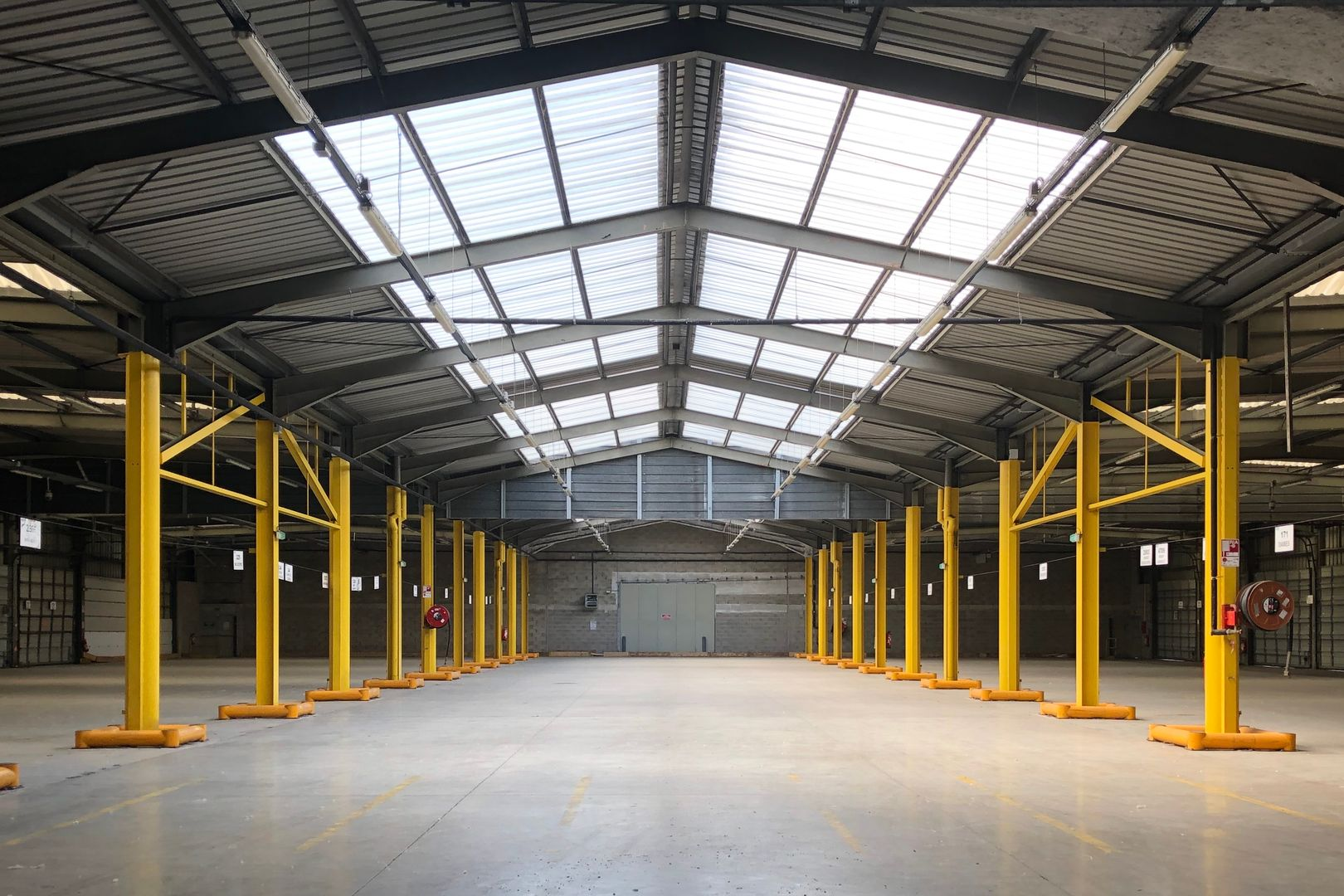 Entrepôt de 1 800 m², Paris 12 (75012)