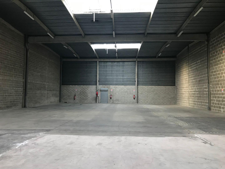 entrepôt de 1575m², Vitry-sur-Seine (Val-de-Marne)
