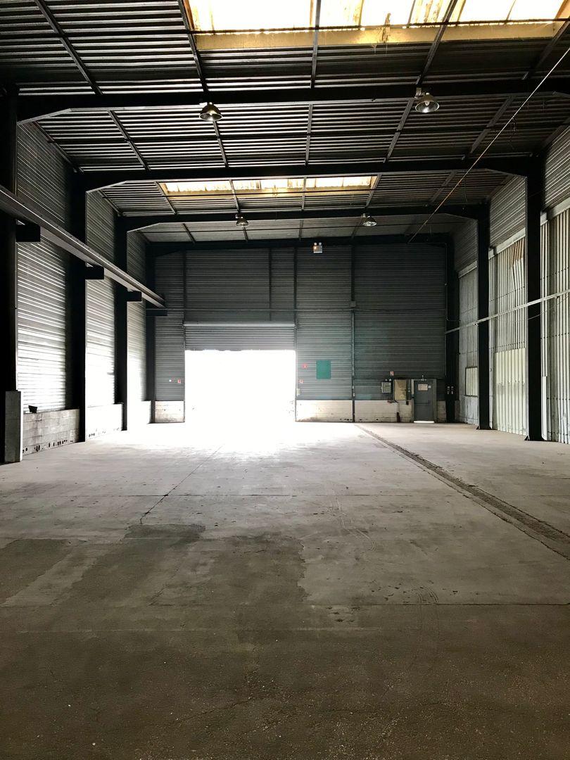 Local d'activités de 440 m², Ozoir-la-Ferrière (77330)