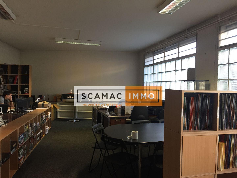 bureau de 315m², Cachan (Val-de-Marne)