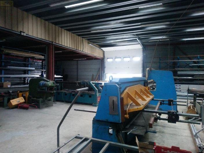 entrepôt de 1600m², Vitry-sur-Seine (Val-de-Marne)