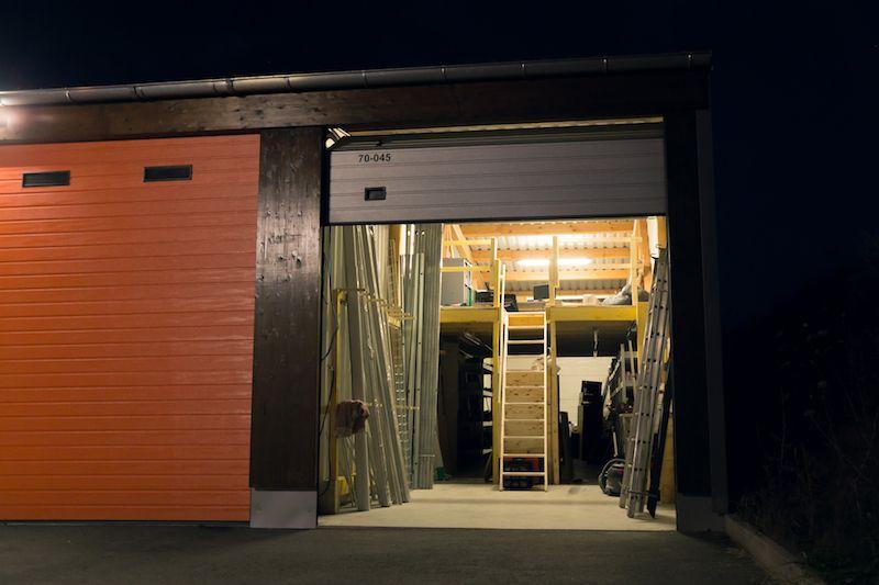entrepôt de 78m², Combs-la-Ville (Seine-et-Marne)