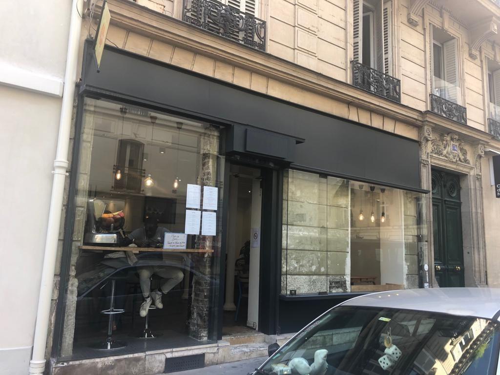 local commercial de 53m², Paris 16 (Paris)