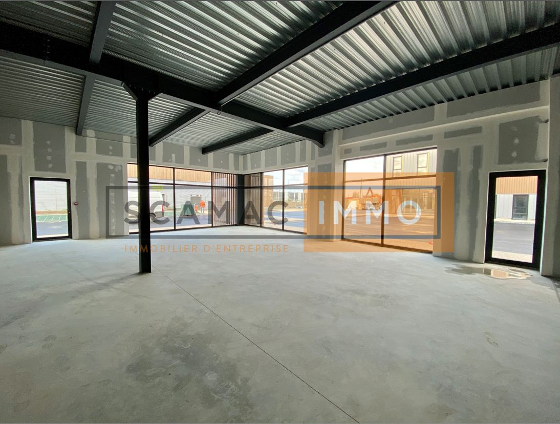 Local commercial de 92 m², Servon (77170)