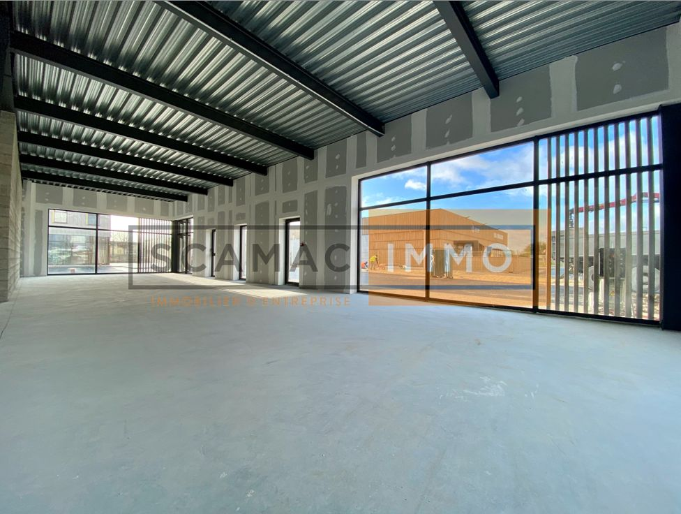Local commercial de 171 m², Servon (77170)