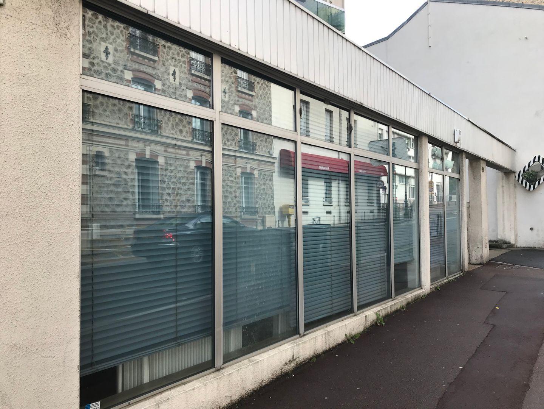 Local commercial de 90 m², Suresnes (92150)