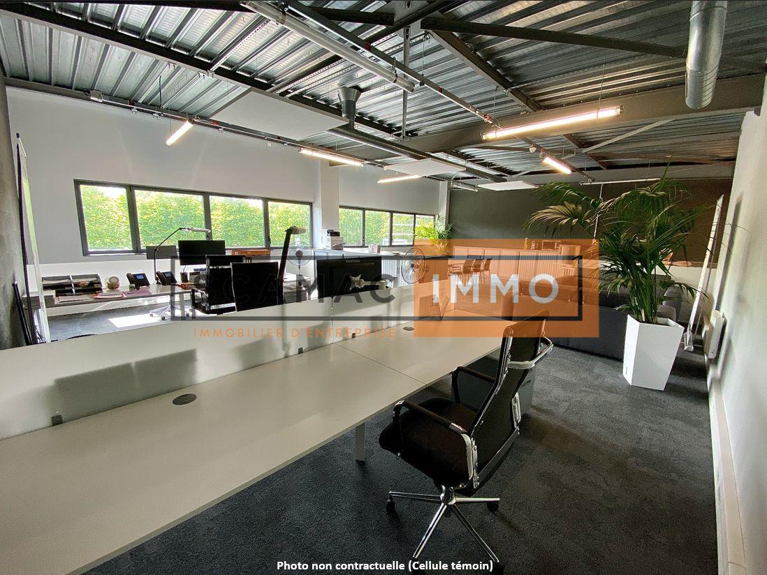local d'activités de 354m², Courtry (Seine-et-Marne)