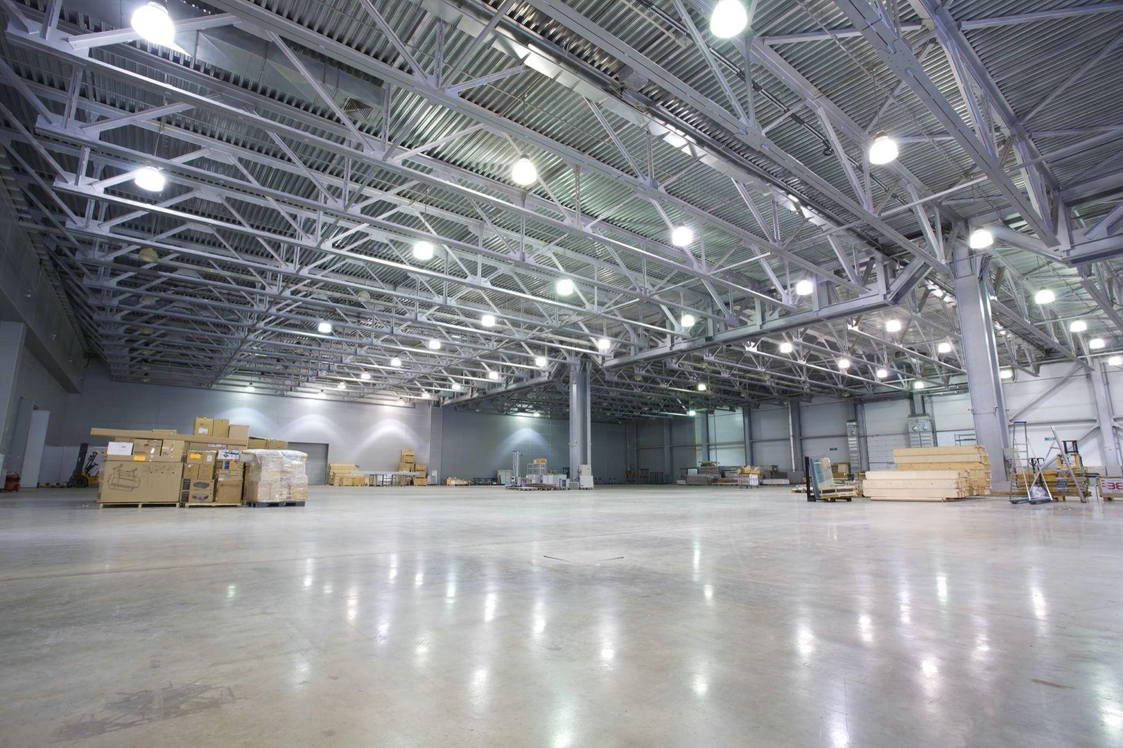 Local d'activités de 1 471 m², Saint-Ouen-l'Aumône (95310)