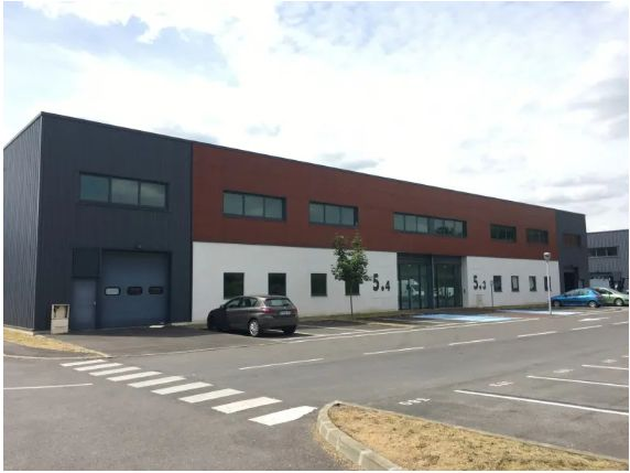 local d'activités de 615m², Taverny (Val-d'Oise)