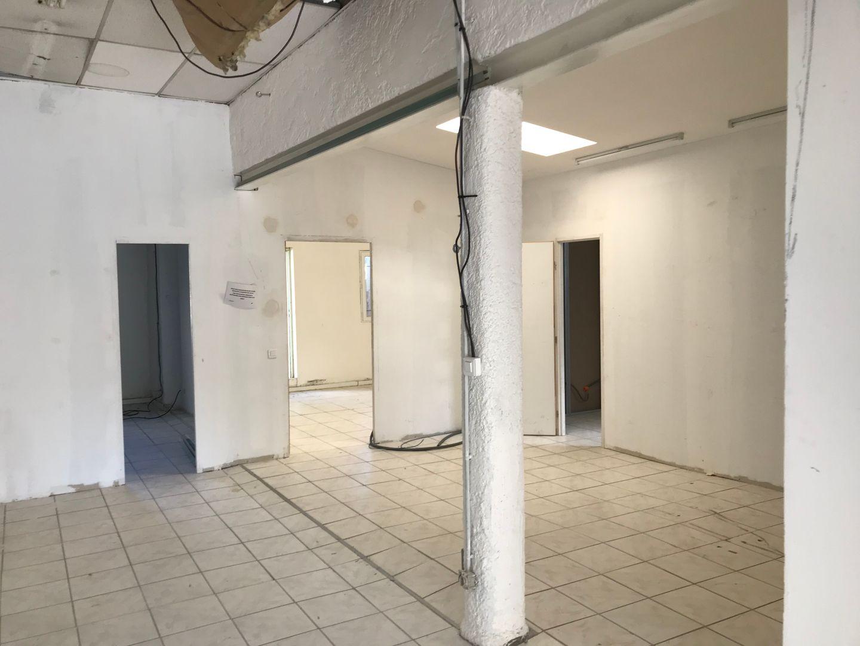bureau de 115m², Toulon (Var)
